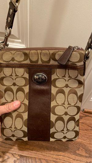 Coach shoulder bag for Sale in Baltimore, MD