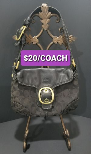 $20/ Authentic COACH clutch/ purse for Sale in Holladay, UT