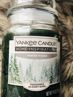 New unused Yankee Candle winter woods 19 oz (pick up only) for Sale in Alexandria,  VA
