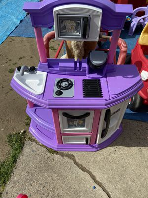 Kitchen play for Sale in Fresno, CA