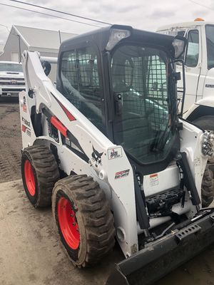 Bobcat 2019 s595 see pics for Sale in Chicago, IL