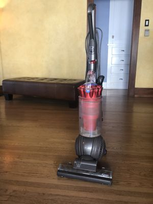 Dyson DC41 upright Vacuum for Sale in Long Beach, CA