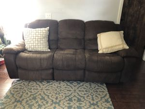 Free microfiber reclining sectional for Sale in Hollywood, FL