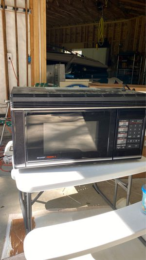 SHARP MICROWAVE for Sale in Downers Grove, IL