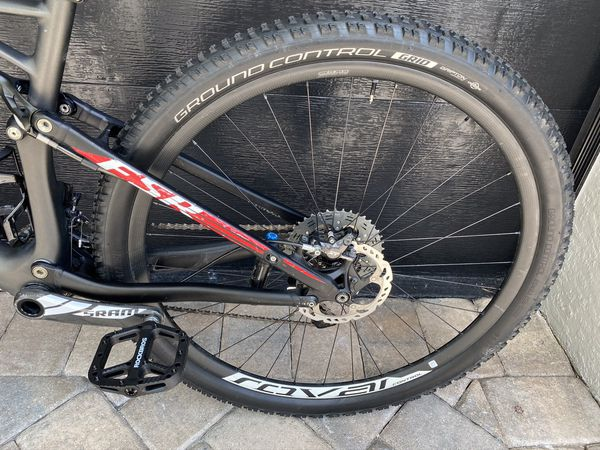 2016 Specialized Epic Expert Carbon