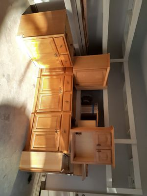 Kitchen cabinets kitchen set for Sale in Los Angeles, CA