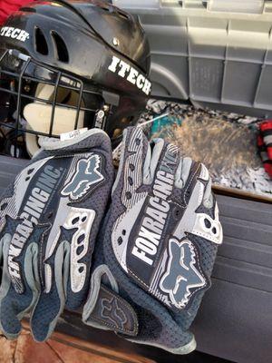 Fox boys racing gloves for Sale in Glendale, AZ