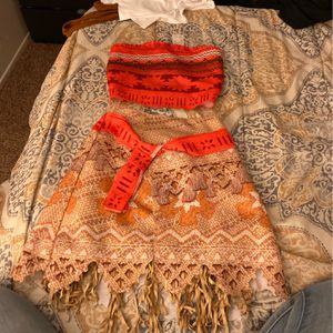 Moana Costume Size 4-6 for Sale in Fontana, CA