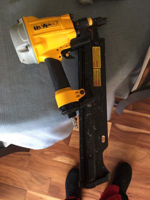Dewalt Framing Nail Gun- great deal, like new retail price was $300+ for Sale in Nashville, TN