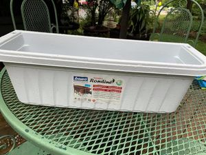 Planter box for Sale in Arlington, VA