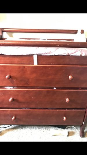 Dark cherry changing table for Sale in Lynnwood, WA