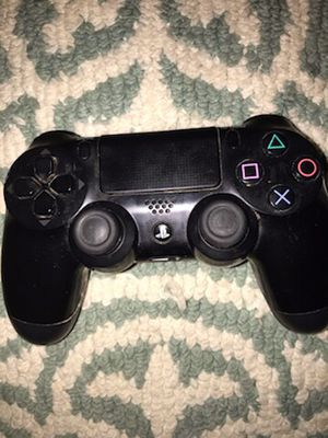 PS4 controller for Sale in Waldorf, MD