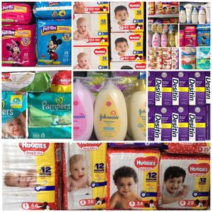 Diaper box or pack for Sale in Lehigh Acres, FL