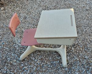 Child's Metal Desk for Sale in El Mirage, AZ