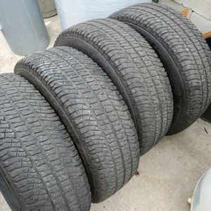 (4) 275/70r18 Michelin 10-PLY LT Tires 275 70 18 Inch 33x12.50r18 33 for Sale in Port St. Lucie, FL