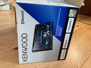 NEW KENWOOD CAR STEREO RADIO W/ BLUETOOTH & SIRIUS XM & INSTALL KIT FOR 02-05 A4 for Sale in Brooklyn, NY