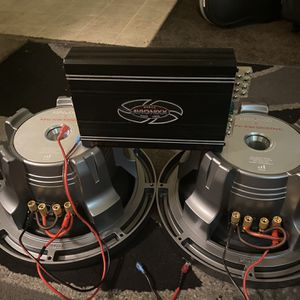 2 KENWOOD EXceLon 1200 watts Cada Una Amplificador Avionixx 1640 watts for Sale in San Dimas, CA