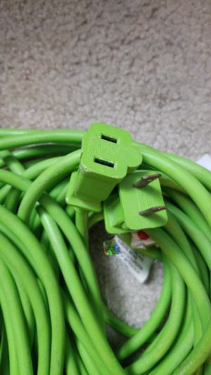 100 Foot Extension Cord for Sale in Costa Mesa, CA