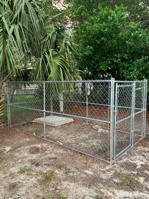 Dog kennel for Sale in Spring Hill, FL
