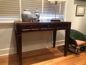 Wood desk for Sale in Miami, FL