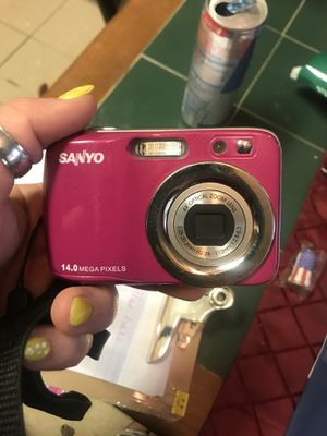 Sanyo and Fuji cameras both work for Sale in Lecompte, LA
