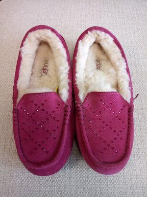 UGG - Ansley Studded - Pink, size 5 for Sale in Newark, NJ