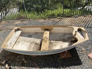 Dinghy boat. PENDING PICKUP will update if doesn't work out for Sale in Murrieta, CA