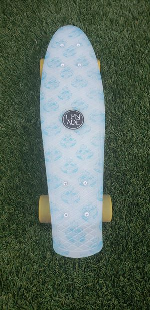LMNADE LIGHTHOUSE Mini Cruiser Skateboard for Sale in San Diego, CA