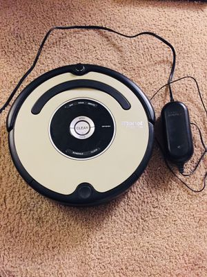 iRobot Roomba Vacuum Cleaner for Sale in Tacoma, WA