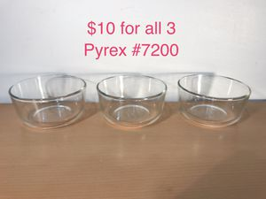 Vintage Pyrex #7300 Clear Glass 2 Cup Custard Cup / Bowl $10 for all 3 PU Algonquin for Sale in IL, US