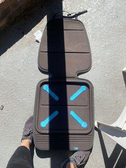 Munchkin Brica Carseat Protector for Sale in Phoenix,  AZ