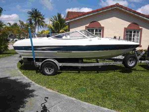 Sting Ray 18ft 2005 for Sale in Miami, FL