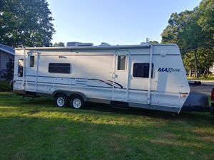 Camper 30' Max Lite by R-Vision for Sale in Westland, MI