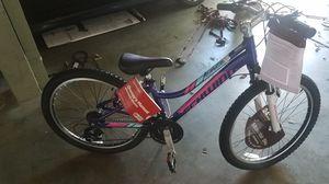 Schwinn girls bike for Sale in South El Monte, CA