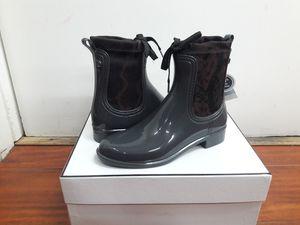 Igor rain boots women's size 6 for Sale in Rialto, CA