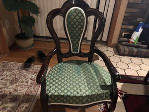 Dinning table with 8 chairs for Sale, used for sale  Teaneck, NJ