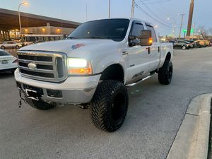 2006 Ford F-250 crew cab for Sale in Chicago, IL