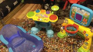 2 kid toys and baby bath for Sale in Mulvane, KS