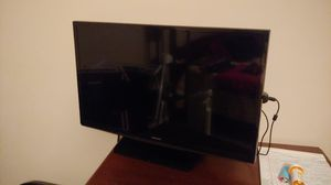 28 inch samsung tv for Sale in Bluefield, VA