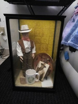John Wayne doll extras for Sale in Livermore, CA