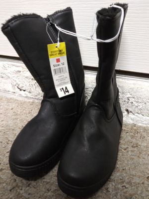 NEW GIRLS BOOTS SIZE 12. FIRST $5 GETS THEM for Sale in Port St. Lucie, FL