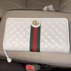 Gucci Wallet for Sale in San Bernardino, CA