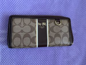 AUTHENTIC COACH WALLET for Sale in Fremont, CA