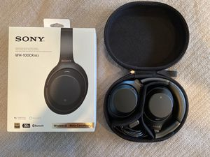 Sony WH-1000XM3 noise cancelling headphones for Sale in Seattle, WA