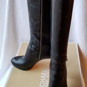 Michael Kors Black 9.5 Leather Knee High Boots for Sale in Smyrna, GA