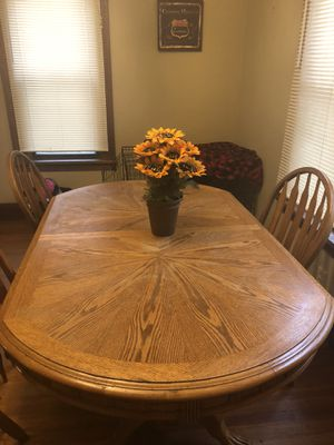 Dinning room table for Sale in Lake Mills, IA