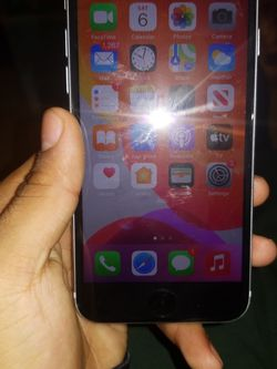 iPhone Se for Sale in Brooklyn,  NY