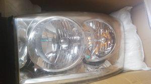 08 dodge ram driver headlight for Sale in Tampa, FL