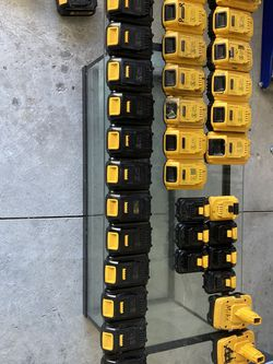 Dewalt Battery's 12v 14.4v 18v 20v for Sale in DeLand,  FL