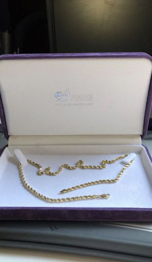 Avianne mens 10k solid gold chain for Sale in Mooresville, NC